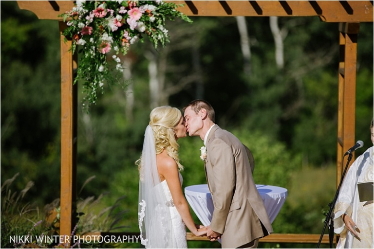 Milwaukee Wisconsin Wedding photographer Milford Hills Hunt Club Wedding J+B-104
